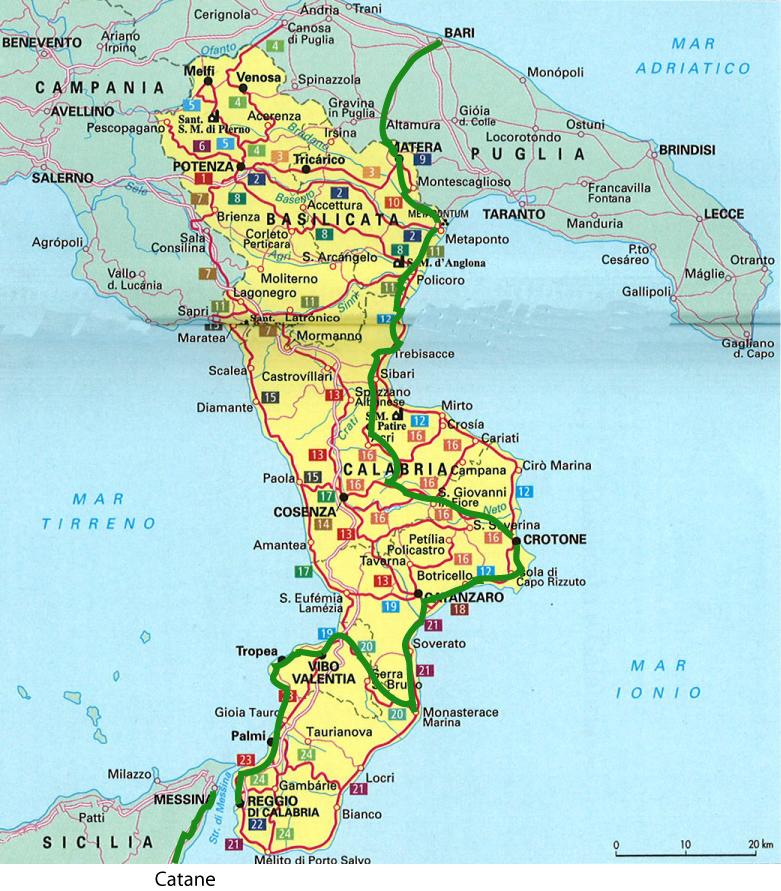 Carte Italie Calabre.Circuit En Italie Chateaux Et Cathedrales Des Pouilles